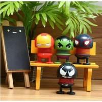 Boneka Per Goyang Avengers Marvel Aksesoris Pajangan Dashboard Mobil