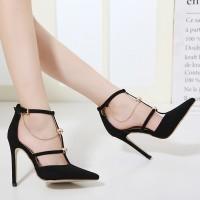 Sepatu High Heels Ujung Lancip Bahan Metal