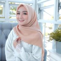 Hijab Wanita BELLA SQUARE Pollycotton Kerudung Segi Empat Salem Muda