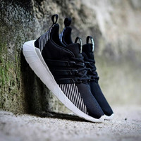Adidas Questar Flow Black White.