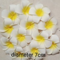 isi 5 pcs bunga kamboja gabus diameter 7cm