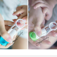 Lusty Bunny Nail Clipper w/ magnifier kaca pembesar gunting kuku bayi