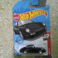 Hotwheels 2020 Porsche Carrera hitam