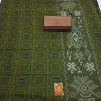 Sarung Wadimor Primer Excellent Tumpal Kembang BHS