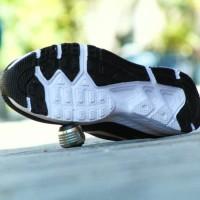 Sepatu Nike Airmax Zoom GRADE ORI Hitam Putih Sport Casual Pria