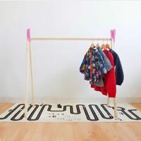 Clothing Rak Pink - Rak Gantungan Baju Anak - Teepee Rak Scandinavian