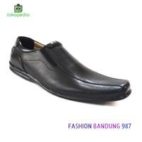 Sepatu kantor pria Flat Shoes Bahan Kulit Asli Sepatu pantofel datar