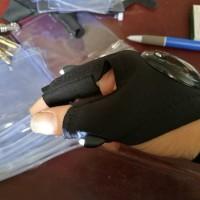 Sarung Tangan Mancing Bersenter / Outdoor Fishing Glove LED Flashlight