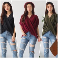 Kiara Top Atasan Blouse Fashion Basic Scuba Premium Good Quality - Hitam