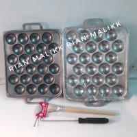 cetakan telur / kue bola bola bahan alumunium cor harg/ pcs