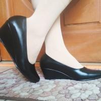 sepatu wedges 5cm dop