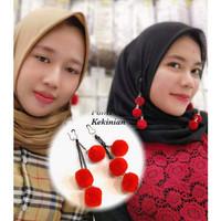 Anting hijab ala nisa sabyan anting pom pom ala korea Fashion Wanita