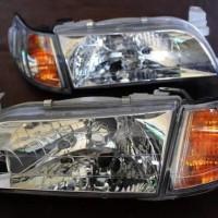 Sparepart Mobil Headlamp Dan Lampu Sen Great Corolla Kristal 1Set