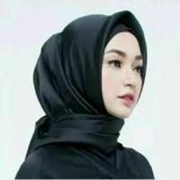 Jilbab Segiempat SATIN POLOS Hijab Segi 4 Satin Square Velvet Kerudung