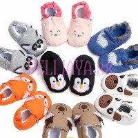 Sepatu prewalker bayi BABY FIRST SHOES WALKER ZOOLAND MOTIF KARTUN