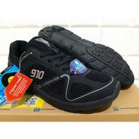 Sepatu Running 910 Agito - Sepatu Lari Pria - Original