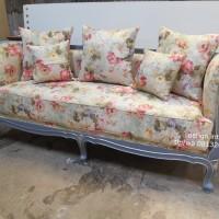 Furniture Bagus Sofa Ruang Tamu Motif Kain Jok Bunga Kafeel