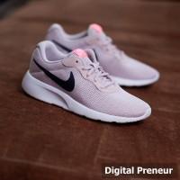 Nike Tanjun Peach Black