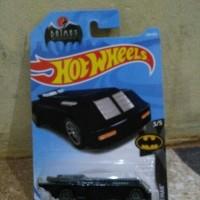 Hotwheels batmobile annimation hitam