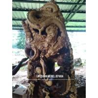 Relief Pertarungan Naga Dekorasi Ruangan Kayu Trembesi - Tinggi 260cm