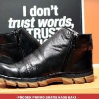 Sepatu Safety Kulit Asli Crocodile Zipper Safety Ujung Besi Hitam