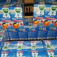 VICKS FORMULA 44 sirup obat batuk ANAK rasa STRAWBERRY BERRY isi 27ml