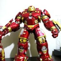 hulkbuster mafex ironman plus Mafex iron man ori