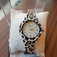 Jam Tangan Wanita Cantik Geneva motif leopard