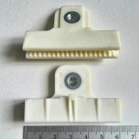 Penjepit Kaca Putih mobil Universal Original