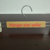 Hanger Jepit kayu kotak harga per bh