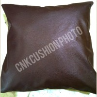 SARUNG BANTAL SOFA CUSHION OSKAR KULIT IMITASI ANTI AIR POLOS (50x50)