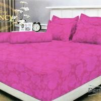 Vallery - Sprei Queen T.30 Jacguard / Aloe Vera motif Dark Pink