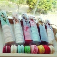 Baby Macaron (Macaroon) Cookies Box isi 8 pcs Kue Kering Murah