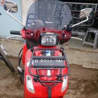 Aksesoris vespa windshield / flyscreen vespa S