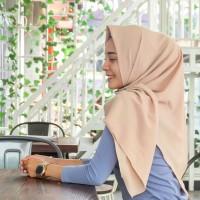 Hijab Polos Andrea 120 cm Segiempat Stretch