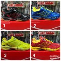 Sepatu Badminton HiQua Future