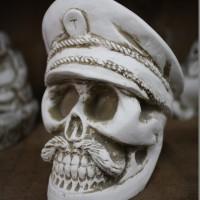 Asbak Pirate Tengkorak Skull Putih