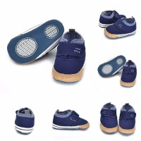 Sepatu bayi / Prewalker bayi / Sepatu crip bayi warna dark blue