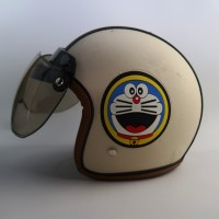 Helm Bogo Kulit Anak 65 Doraemon Cream