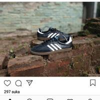 Sepatu Adidas Samba Black white