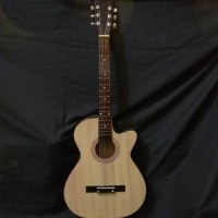 Gitar akustik Yamaha Natural Pemula