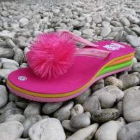 Sandal Pompom Anak Wedges Pelangi Termurah