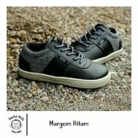 Sepatu Anak Laki-laki Decks Kids Margom Hitam Casual Original