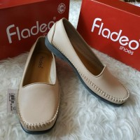 Flatshoes CREAM merk FLADEO