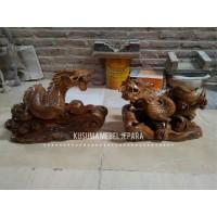 Sepasang (2 buah) Patung Naga Dekorasi Meja (Panjang 40cm)