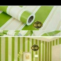 wallpaper dinding sticker salur hijau 45 cm x 10 m