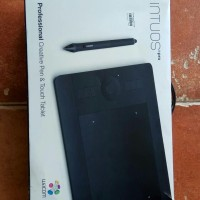 Wacom INTUOS PRO small professionals pen and touch tablet bekas mulus