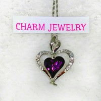 Charmjewelry Kalung Wanita Lapis Emas Liontin Kristal Swarovski N041