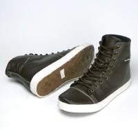 Sepatu Sneakers Pria High Top Classic Kulit Asli Ruber Outsole Z01