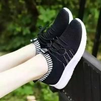 Baru Sepatu Wanita slip on jaring tali casual murah berkualitas